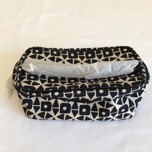 🎉Host Pick🎉⚡️$5 Estée Lauder Makeup Bag